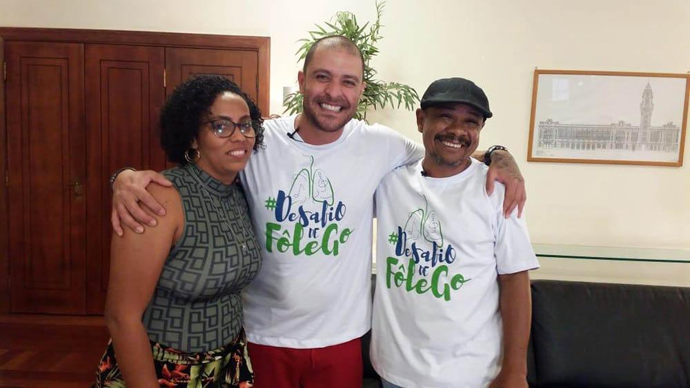 O cantor Diogo Nogueira na campanha Dia de Fôlego.
