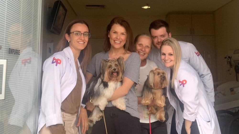 visita pets paciente e equipe hospital Beneficiência Portuguesa